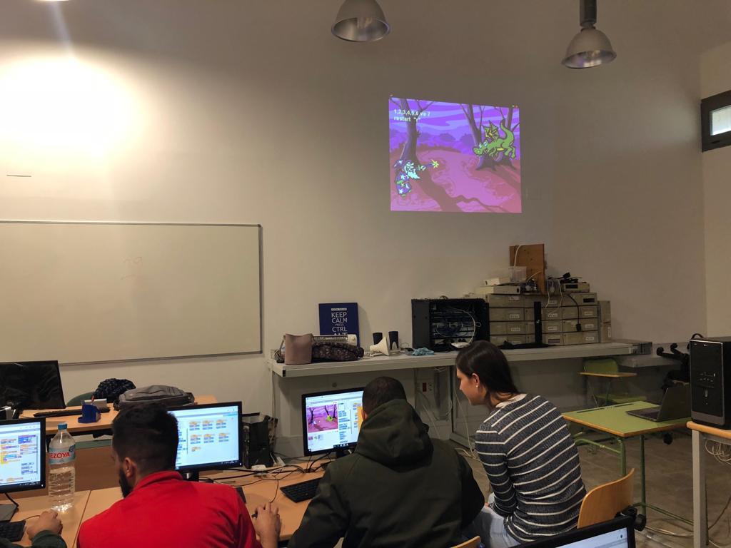 Programación en inglés en 1º  de Grado Medio SMR