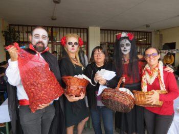 Conectados con la comunidad: celebración de «Halloween» y el Día de Todos los Santos