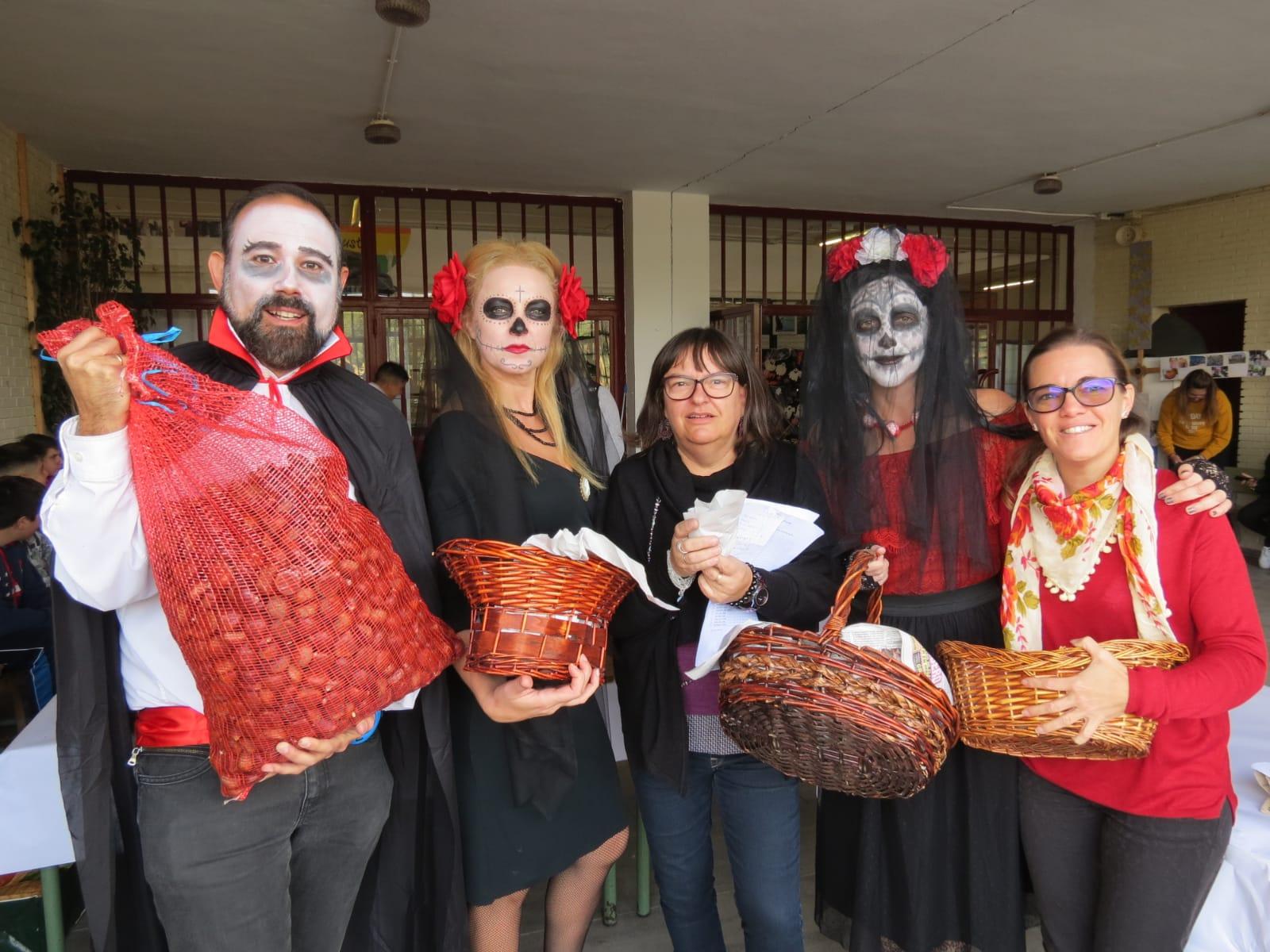 """Conectados con la comunidad: celebración de """"Halloween"""" y el Día de Todos los Santos"""