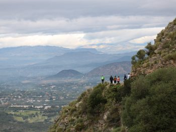 """Alumnado de 3°ESO de senderismo en la Sierra de Mijas """"Arboretum Jarapalos"""""""
