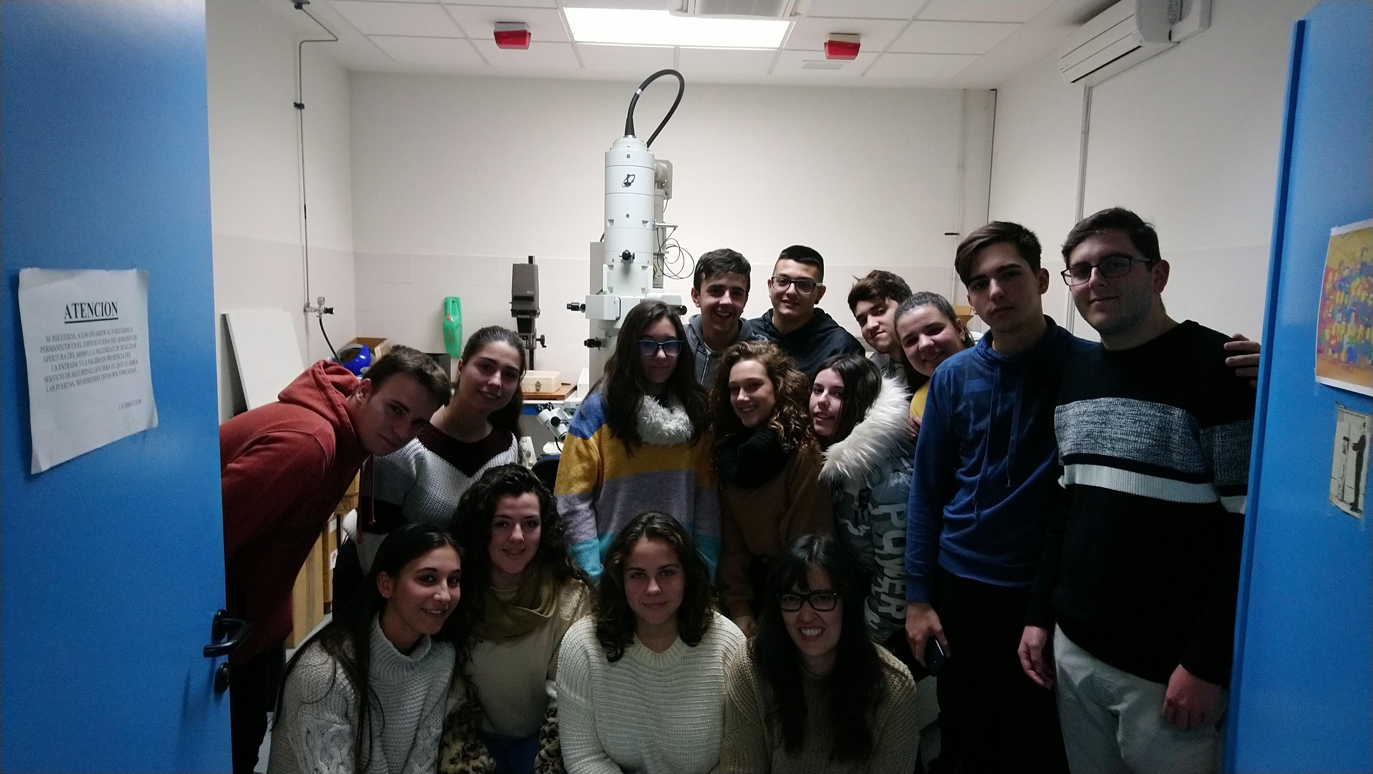 Alumnado de 2º de Bachillerato visita el SCAI