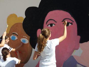 Mural para conmemorar el día de la mujer